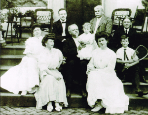 Senator Faulkner's Family, 1906